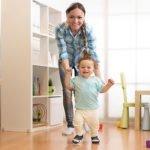 Hauschuhe zum Laufen lernen